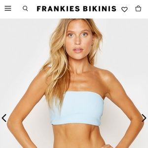 Frankies bikini's Jenna top in powder blue